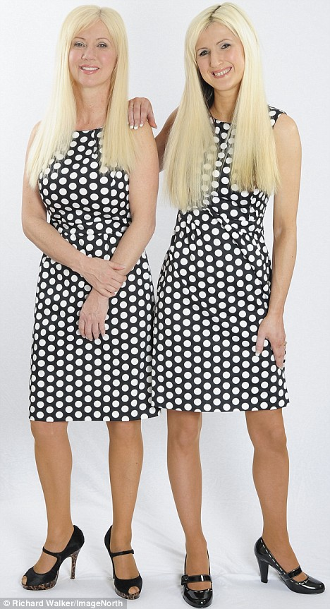 Janet and Jane Cunliffe